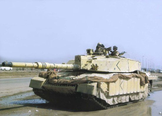 Dragon-7228  1:72 CHALLENGER II (IRAQ 2003)