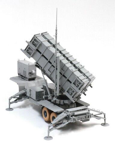 Black Label-3604 1:35  MIM-104C Patriot Surface-to-Air Missile (SAM) System (PAC-2)