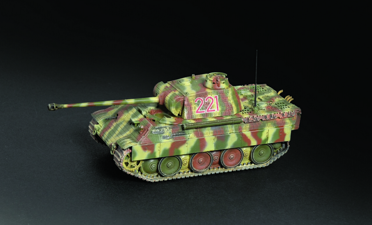 Italeri-15752  1/56 (28mm)  WWII: Panther Ausf. A