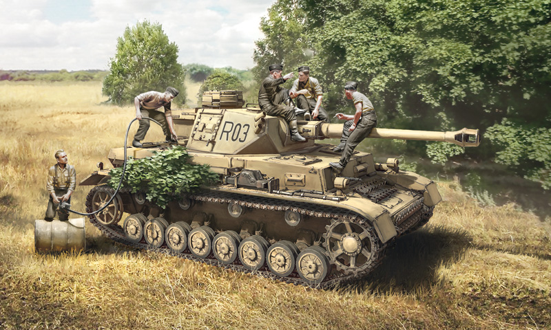 Italeri-6548  Pz.Kpfw. IV Ausf.F1/F2/G EARLY WITH REST CREW