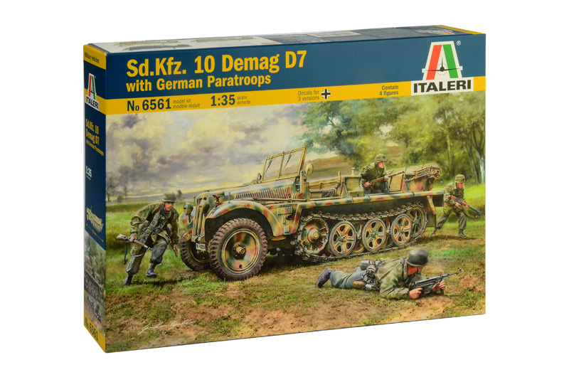 Italeri-6561  Sd.Kfz. 10 DEMAG D7 with German Paratroops